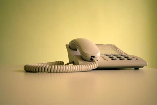 uzleti-angol-kifejezesek-telefonhivas